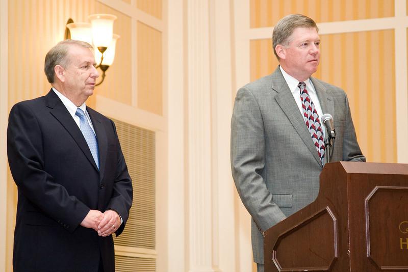 Roanoke Co. Police Chief Ray Lavinder, 2007-2008 VACP President (left) & City of Fairfax Police Chief Rick Rappoport, 2008-2009 VACP President
