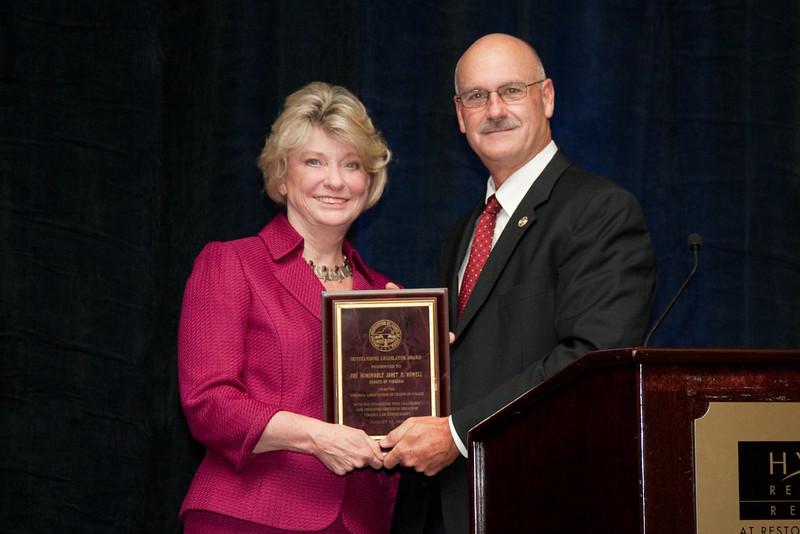 Senator Janet Howell receives the 2010 VACP Outstanding Legislator Award from 2009-10 VACP President Chief Doug Scott, Arlington County Police