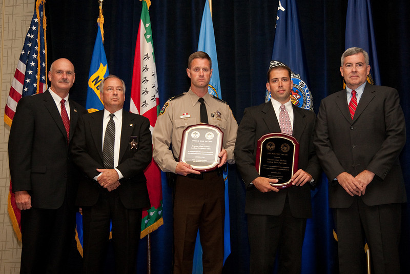 Sgt. Chris Coderre, Loudoun County Sheriff's Office & Detective Matthew Hackney, Leesburg Police Department receive the 2010 VACP/VPCF Award for Valor<br /> (also pictured: 2009-10 VACP President Chief Doug Scott, Arlington County Police; Loudoun Co. Sheriff Steve Simpson; and Leesburg Police Chief Joe Price)
