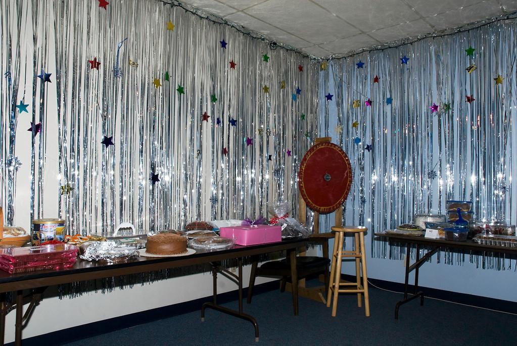 VAP dessert auction display table @ Eagles' hall-Snoqualmie, WA 2-28-2009