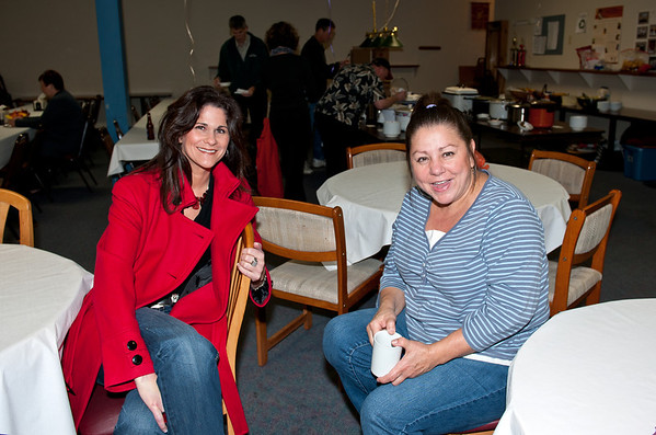 Jody Runge & Connie @ VAP chili dinner & dessert auction-Snoqualmie, WA 10-15-2011