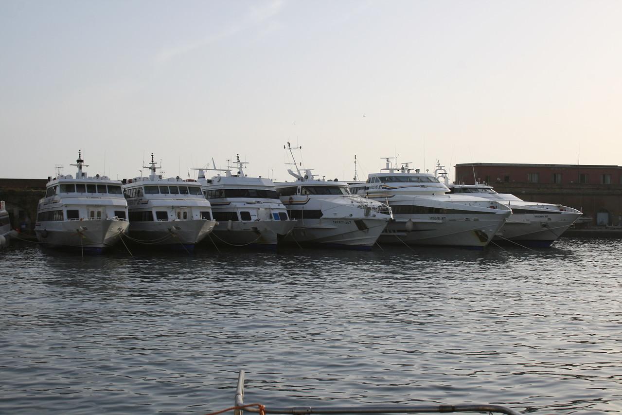 2008 - The fleet of NAVIGAZIONE LIBERA DEL GOLFO in Napoli : CAPRI JET, SORRENTO JET, ISCHIA JET, TREMITI JET, VESUVIO JET, SALERNO JET.
