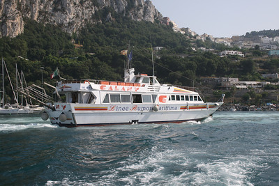 2010 - M/S GALAXY arriving to Capri.