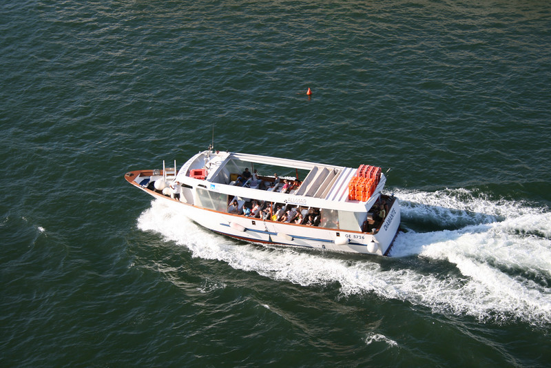 2010 - M/V DIAMANTE : tour of the port in Genova.