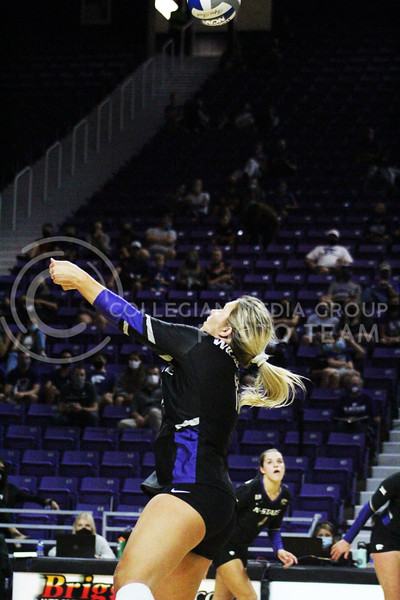 Shelby martin in position the pass the ball  during the K-State volleyball game against Iowa State at Bramlage Coliseum on Sept. 25, 2020. (Jordan Henington | Collegian Media Group)