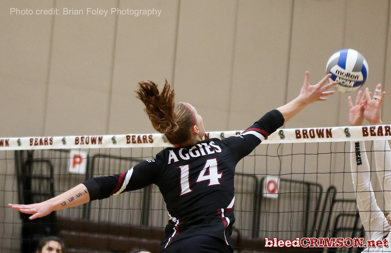 New Mexico St. outside hitter Kassandra Tohm (14)