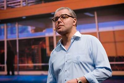 "#MB2017 @VentureBeat @ldesegur @BeeZee Lightning Talk: ""How shopping giant Walmart uses AI to bridge online and offline worlds"" with Laurent Desegur, VP of Customer Experience, WalmartLabs and Blaise Zerega, Editor in Chief, VentureBeat"