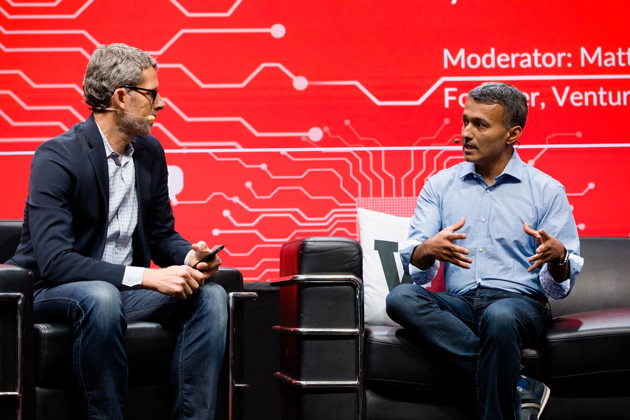 "#MB2017 @VentureBeat @mmarshall @JapjitTulsi @ebay Fireside Chat: ""The future of commerce and AI"" with Japjit Tulsi, eBay's VP of Engineering and Matt Marshall, CEO, VentureBeat."