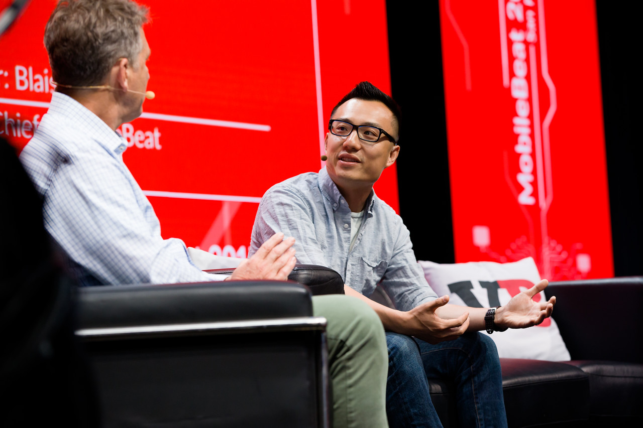 "#MB2017 @VentureBeat @BeeZee @t_xu @doordash Keynote: ""Food, cities and where AI will be in five years"" with Tony Xu, CEO, DoorDash"