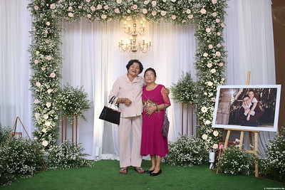 Vy-Cuong-wedding-instant-print-photo-booth-in-Bien-Hoa-Chup-hinh-lay-lien-Tiec-cuoi-tai-Bien-Hoa-WefieBox-Photobooth-Vietnam-150
