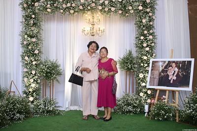 Vy-Cuong-wedding-instant-print-photo-booth-in-Bien-Hoa-Chup-hinh-lay-lien-Tiec-cuoi-tai-Bien-Hoa-WefieBox-Photobooth-Vietnam-150