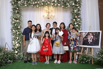 Vy-Cuong-wedding-instant-print-photo-booth-in-Bien-Hoa-Chup-hinh-lay-lien-Tiec-cuoi-tai-Bien-Hoa-WefieBox-Photobooth-Vietnam-149