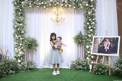 Vy-Cuong-wedding-instant-print-photo-booth-in-Bien-Hoa-Chup-hinh-lay-lien-Tiec-cuoi-tai-Bien-Hoa-WefieBox-Photobooth-Vietnam-154