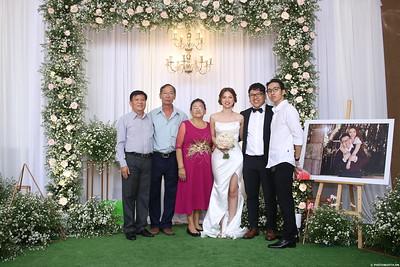 Vy-Cuong-wedding-instant-print-photo-booth-in-Bien-Hoa-Chup-hinh-lay-lien-Tiec-cuoi-tai-Bien-Hoa-WefieBox-Photobooth-Vietnam-140