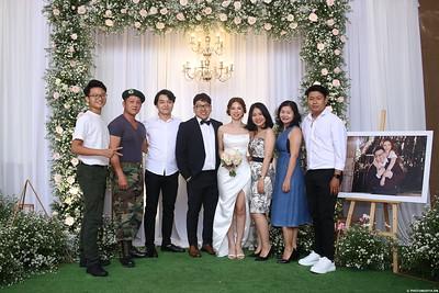 Vy-Cuong-wedding-instant-print-photo-booth-in-Bien-Hoa-Chup-hinh-lay-lien-Tiec-cuoi-tai-Bien-Hoa-WefieBox-Photobooth-Vietnam-125