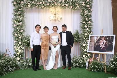 Vy-Cuong-wedding-instant-print-photo-booth-in-Bien-Hoa-Chup-hinh-lay-lien-Tiec-cuoi-tai-Bien-Hoa-WefieBox-Photobooth-Vietnam-142