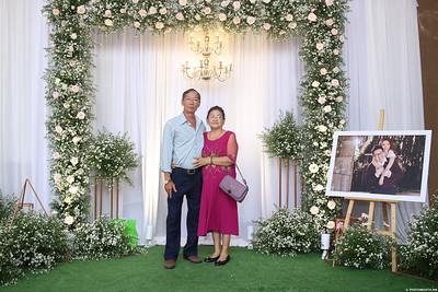 Vy-Cuong-wedding-instant-print-photo-booth-in-Bien-Hoa-Chup-hinh-lay-lien-Tiec-cuoi-tai-Bien-Hoa-WefieBox-Photobooth-Vietnam-145