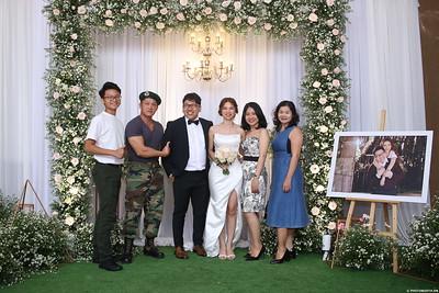 Vy-Cuong-wedding-instant-print-photo-booth-in-Bien-Hoa-Chup-hinh-lay-lien-Tiec-cuoi-tai-Bien-Hoa-WefieBox-Photobooth-Vietnam-124