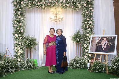 Vy-Cuong-wedding-instant-print-photo-booth-in-Bien-Hoa-Chup-hinh-lay-lien-Tiec-cuoi-tai-Bien-Hoa-WefieBox-Photobooth-Vietnam-144