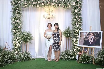 Vy-Cuong-wedding-instant-print-photo-booth-in-Bien-Hoa-Chup-hinh-lay-lien-Tiec-cuoi-tai-Bien-Hoa-WefieBox-Photobooth-Vietnam-111