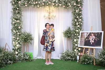 Vy-Cuong-wedding-instant-print-photo-booth-in-Bien-Hoa-Chup-hinh-lay-lien-Tiec-cuoi-tai-Bien-Hoa-WefieBox-Photobooth-Vietnam-148