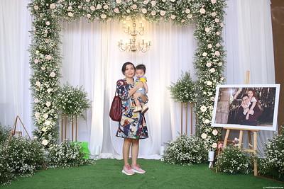 Vy-Cuong-wedding-instant-print-photo-booth-in-Bien-Hoa-Chup-hinh-lay-lien-Tiec-cuoi-tai-Bien-Hoa-WefieBox-Photobooth-Vietnam-148
