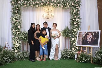 Vy-Cuong-wedding-instant-print-photo-booth-in-Bien-Hoa-Chup-hinh-lay-lien-Tiec-cuoi-tai-Bien-Hoa-WefieBox-Photobooth-Vietnam-127