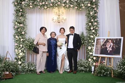 Vy-Cuong-wedding-instant-print-photo-booth-in-Bien-Hoa-Chup-hinh-lay-lien-Tiec-cuoi-tai-Bien-Hoa-WefieBox-Photobooth-Vietnam-136