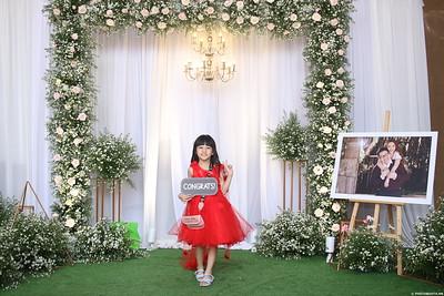 Vy-Cuong-wedding-instant-print-photo-booth-in-Bien-Hoa-Chup-hinh-lay-lien-Tiec-cuoi-tai-Bien-Hoa-WefieBox-Photobooth-Vietnam-147