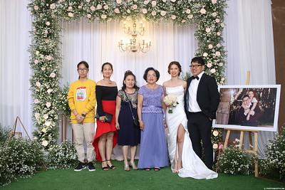 Vy-Cuong-wedding-instant-print-photo-booth-in-Bien-Hoa-Chup-hinh-lay-lien-Tiec-cuoi-tai-Bien-Hoa-WefieBox-Photobooth-Vietnam-132