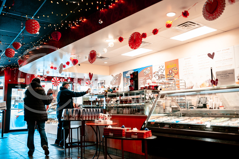 Valentines Day decorations fills the Aggieville Cold Stone Creamery. Feb 13, 2020. Dylan Connell | Collegian Media Group