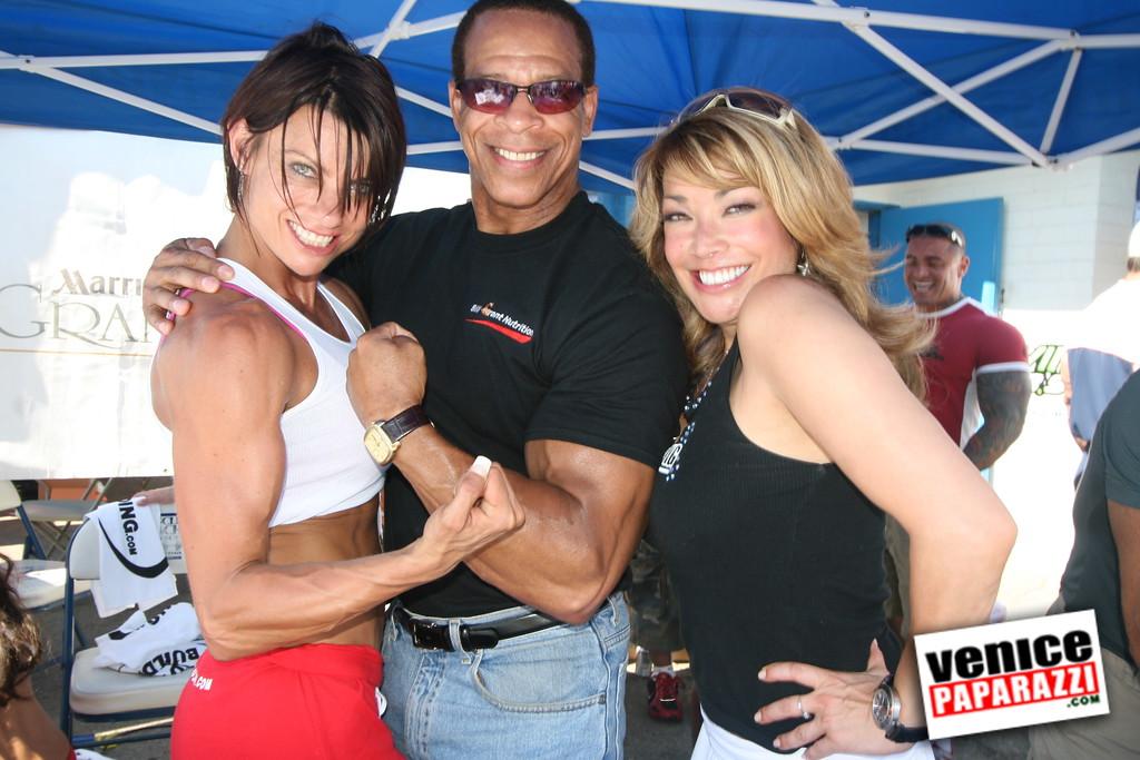 0   Bodybuilding com (12)