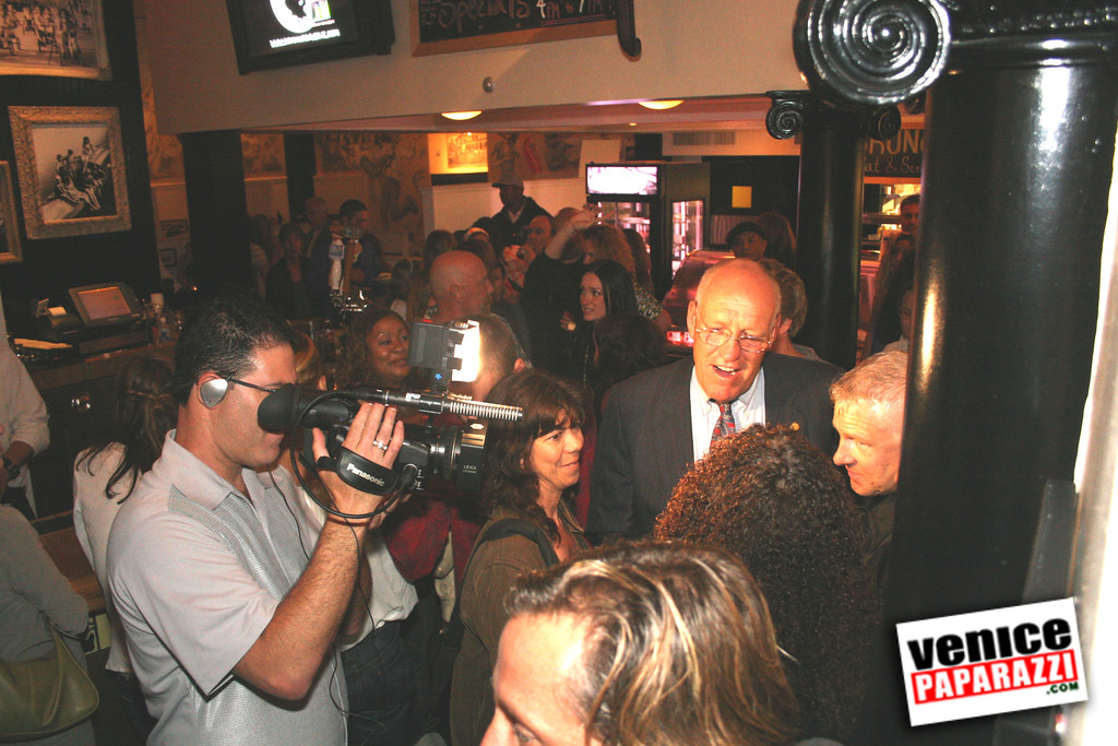 0  The Venice Walk Premiere Party at Danny's Deli (7)