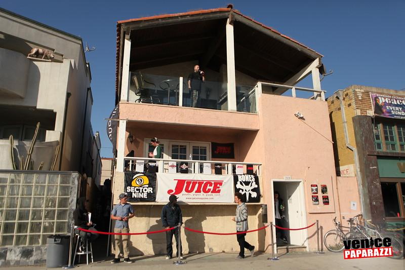 JUICE MAGAZINE.  319 OCEAN FRONT WALK #1. VENICE, CA 90291. PH: 310.399.5336. EMAIL: INFO@JUICEMAGAZINE.COM. WEB: HTTP://WWW.JUICEMAGAZINE.COM.Photos by Venice Paparazzi. VP.  Services.  http://www.venicepaparazzi.com/services.php.  www.venicepaparazzi.com