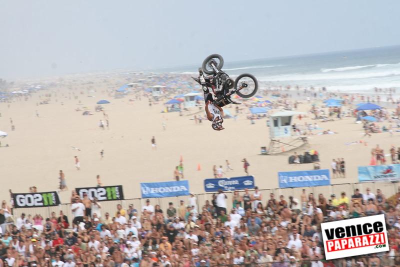4   Motorcross on Huntington Beach (4)
