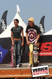 3   Skater Girls (2)