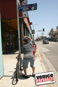 0   Jimmy's surf shop   Opens June 24th, 2007 (13)