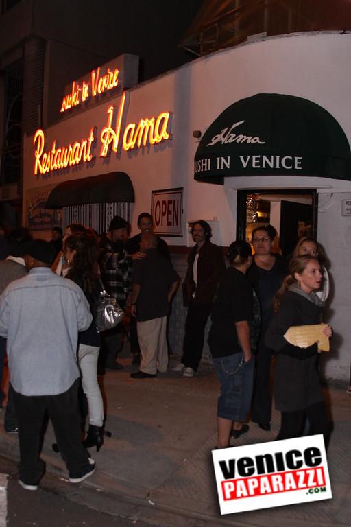 10 04 08   Venice Original   Blocks' B-day party at Hama Sushi   Photos by Venice Paparazzi (203)