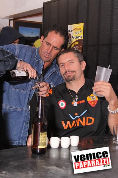 10 04 08   Venice Original   Blocks' B-day party at Hama Sushi   Photos by Venice Paparazzi (211)