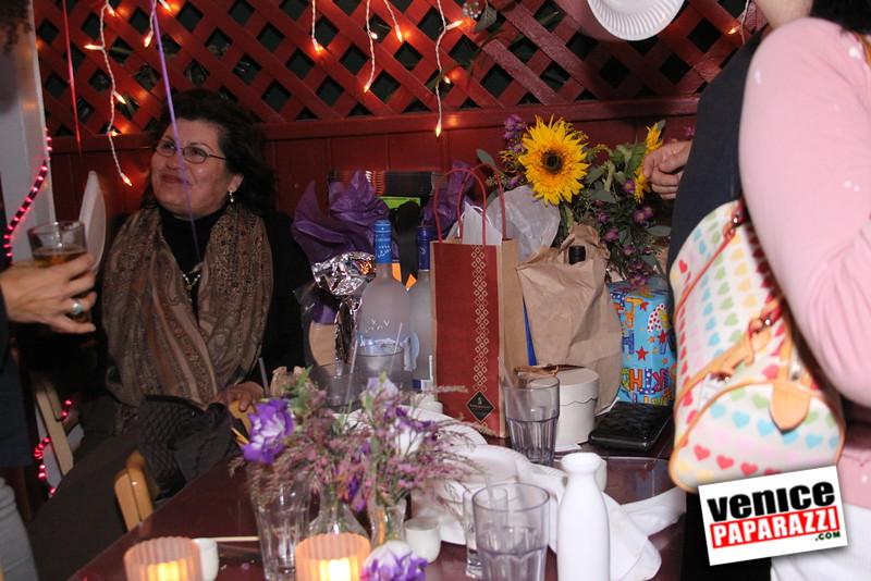 10 04 08   Venice Original   Blocks' B-day party at Hama Sushi   Photos by Venice Paparazzi (77)