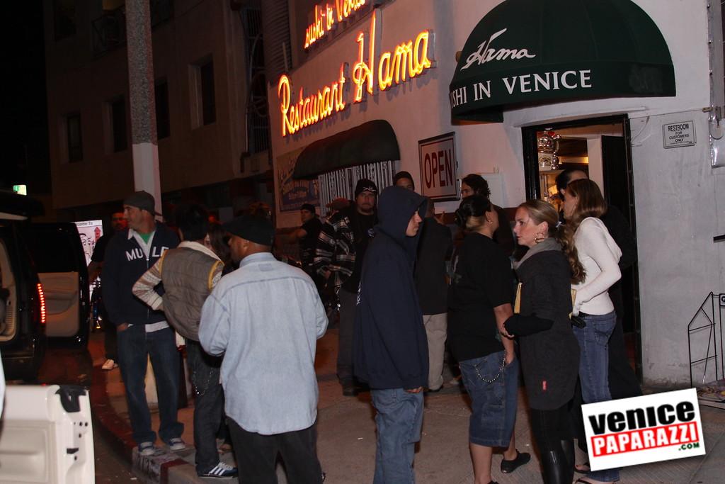 10 04 08   Venice Original   Blocks' B-day party at Hama Sushi   Photos by Venice Paparazzi (202)