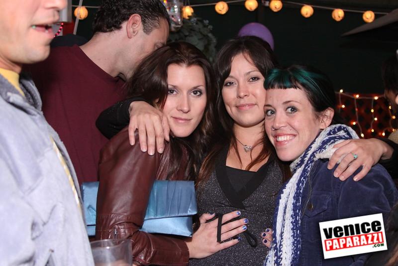 10 04 08   Venice Original   Blocks' B-day party at Hama Sushi   Photos by Venice Paparazzi (116)
