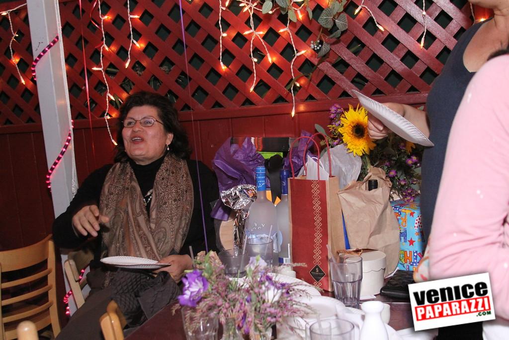 10 04 08   Venice Original   Blocks' B-day party at Hama Sushi   Photos by Venice Paparazzi (75)