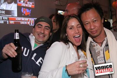 10 04 08   Venice Original   Blocks' B-day party at Hama Sushi   Photos by Venice Paparazzi (58)