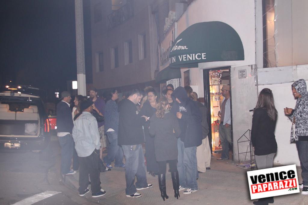 10 04 08   Venice Original   Blocks' B-day party at Hama Sushi   Photos by Venice Paparazzi (207)