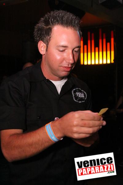 07 20 09  Jim Muir Benefit   Punks for Life   www airconditionedbar com (12)