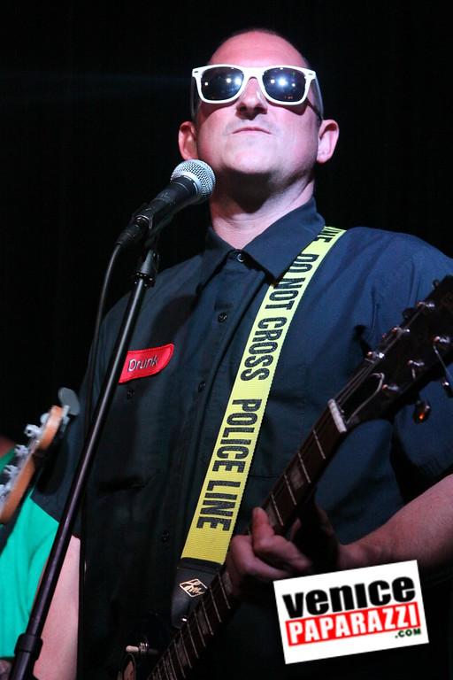 07 20 09  Jim Muir Benefit   Punks for Life   www airconditionedbar com (58)
