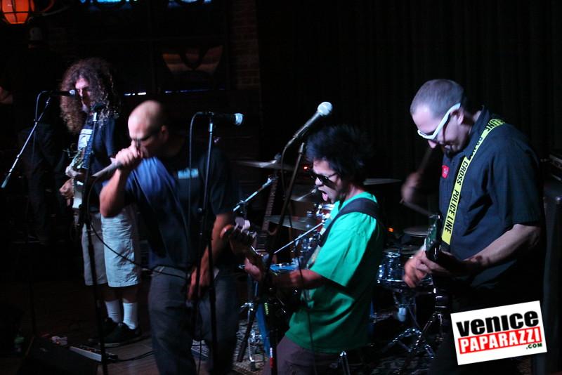 07 20 09  Jim Muir Benefit   Punks for Life   www airconditionedbar com (38)