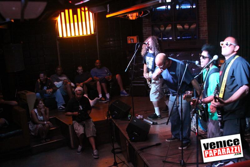 07 20 09  Jim Muir Benefit   Punks for Life   www airconditionedbar com (43)