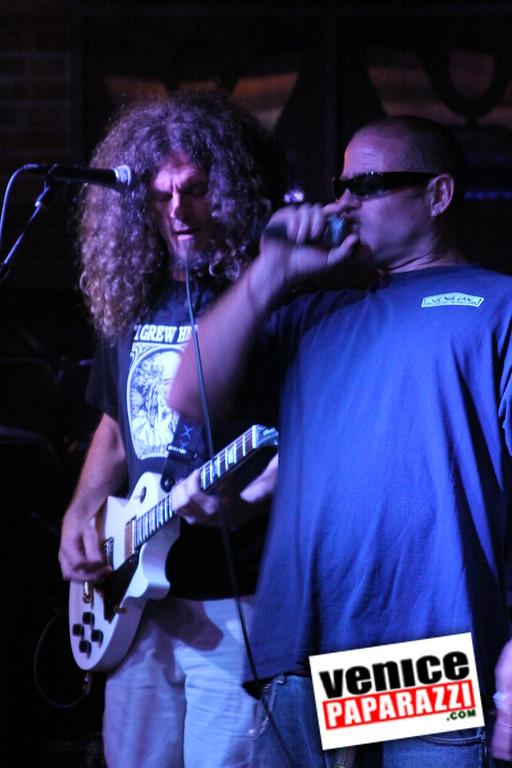 07 20 09  Jim Muir Benefit   Punks for Life   www airconditionedbar com (48)